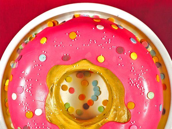 FunCakes Recept Gigantische Donut Taart
