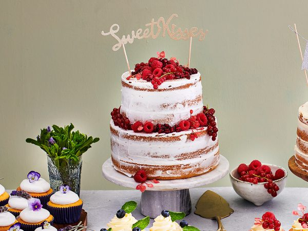 FunCakes Recept Low Sugar Naked Cake Met Rood Fruit