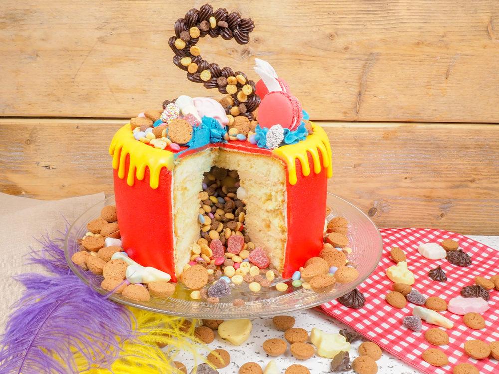 Sinterklaas drip taart