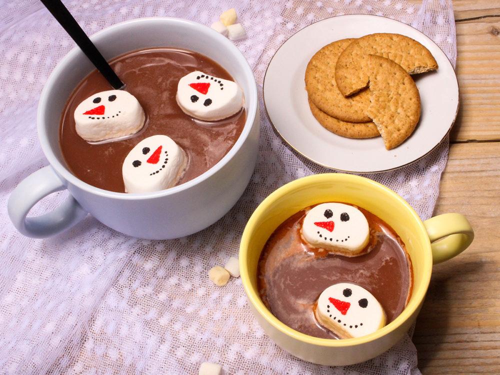 Marshmallow snowman faces