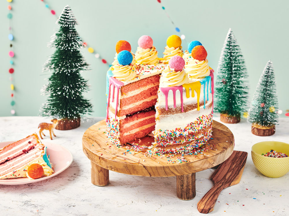 Happy drip cake