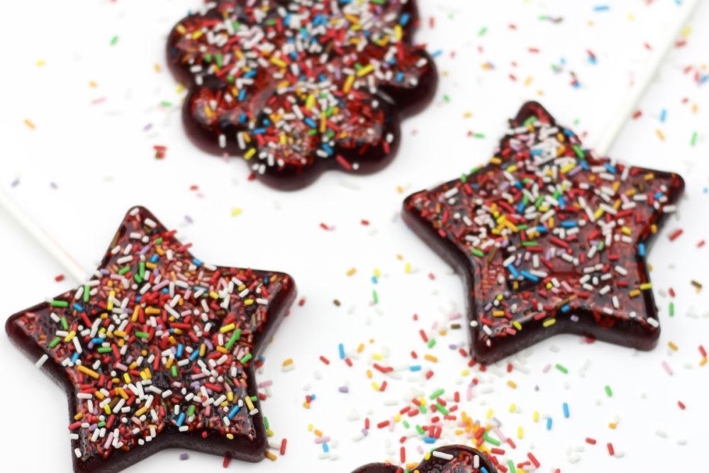 Kersen lolly's met suikerhagel