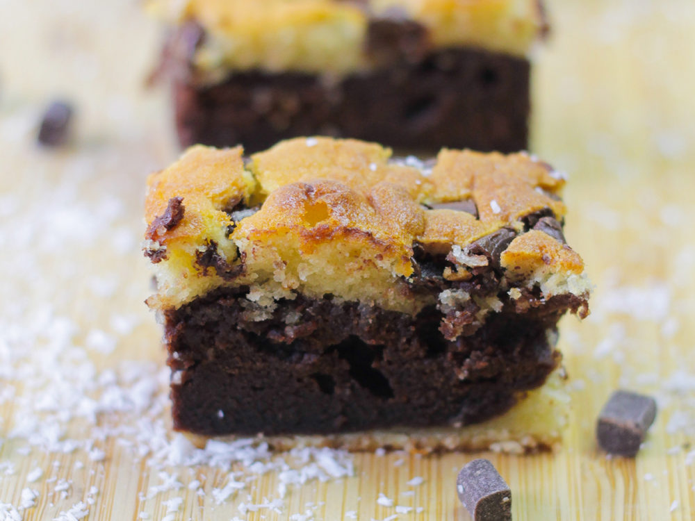 Coconut brownie cake