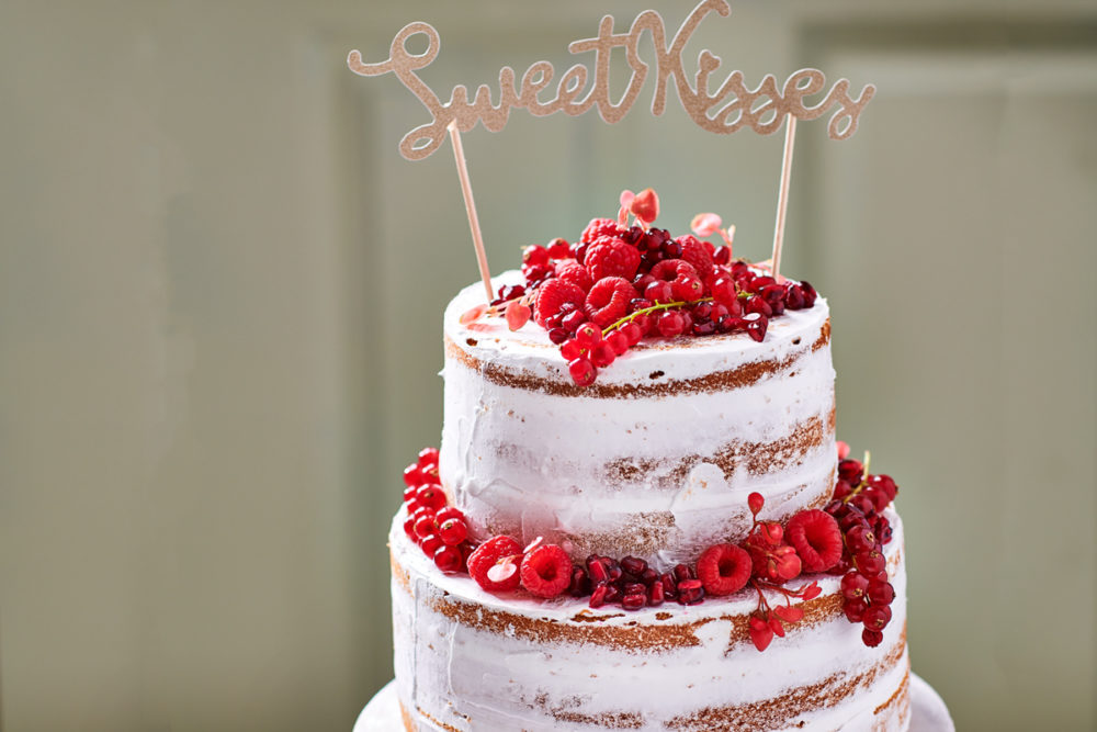 Low sugar naked cake with red fruits