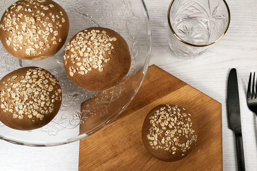 Brown bread rolls