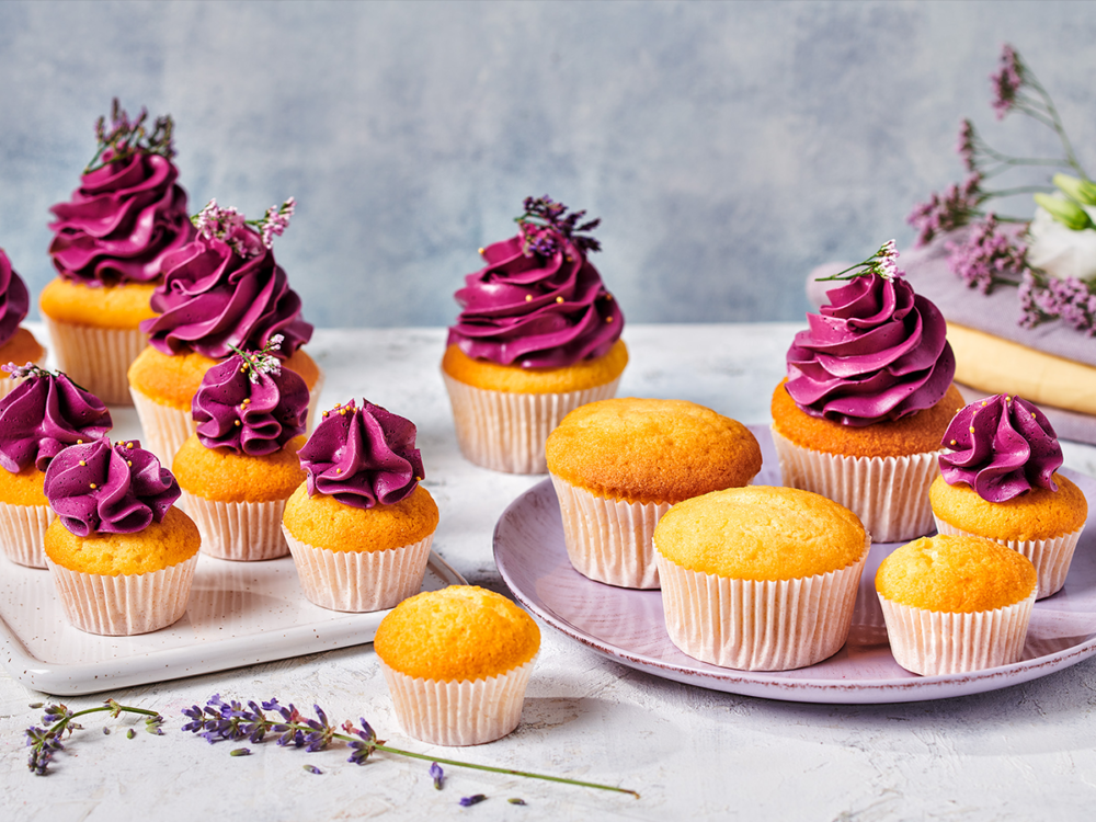 Cupcakes with topping