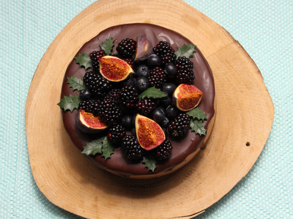 Chocolate drip cake with figs and blackberries