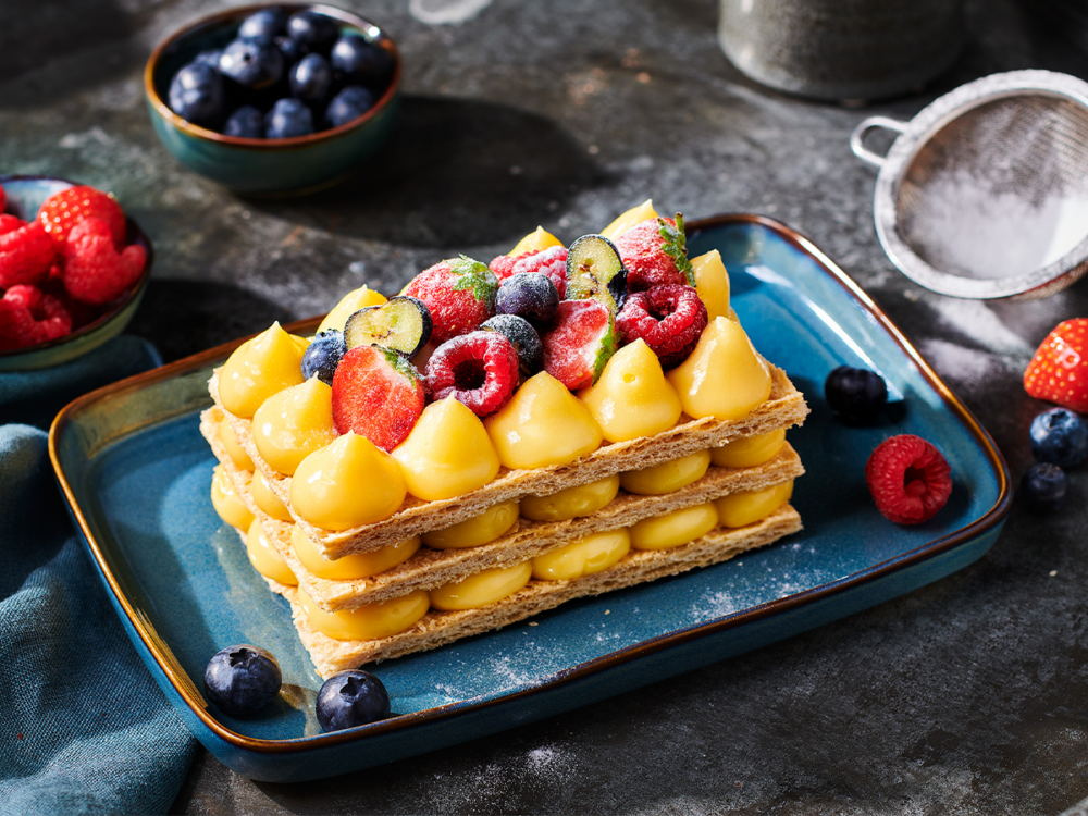 Mille-feuille with fruit